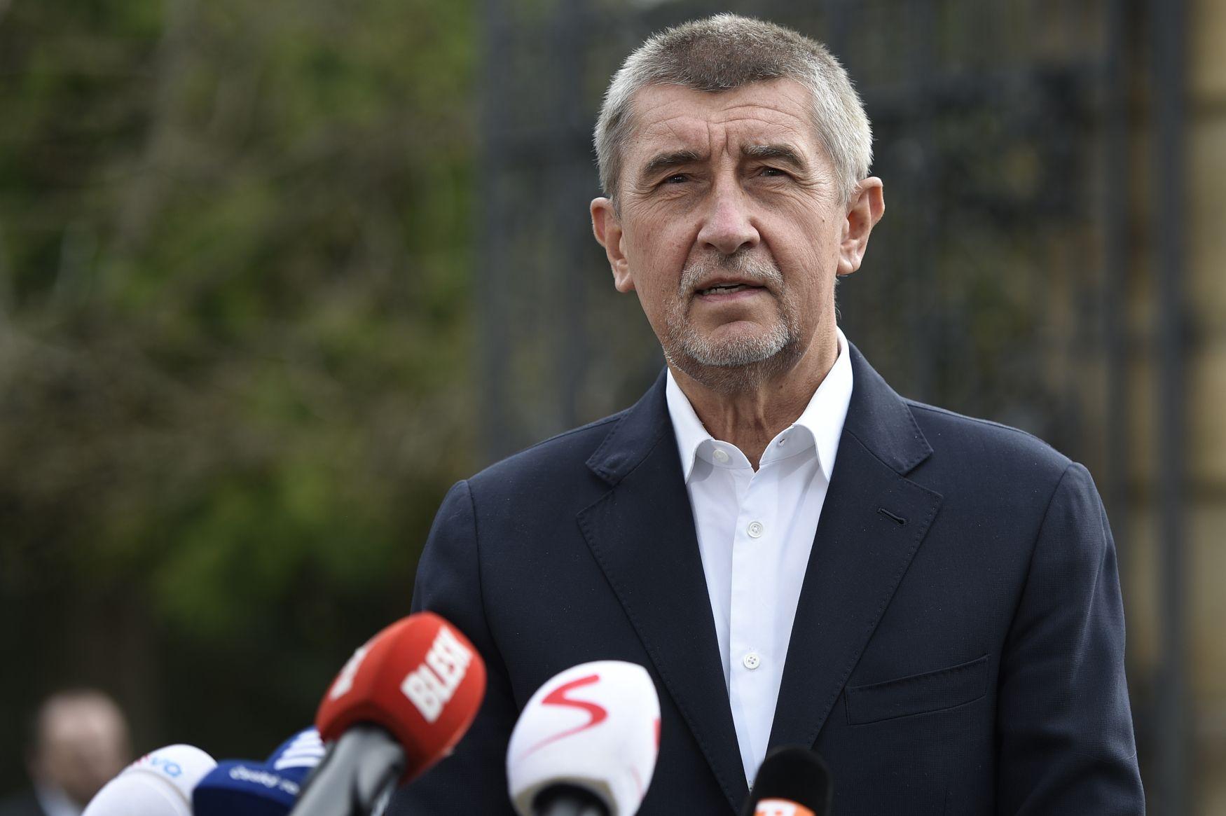 Cseh kormányalakítás - A kommunisták is bekapcsolódtak az új kormányról folyó tárgyalásokba