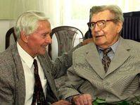Miroslav Zikmund un d Jiri Hanzelka (re.), 2000, Foto: CTK