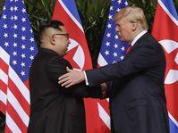 Kim Jong-Un und Donald Trump (Foto: ČTK / AP Photo/ Evan Vucci)
