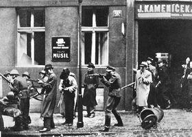 Пражское восстание в 1945 году, фото: Архив Чешского радио
