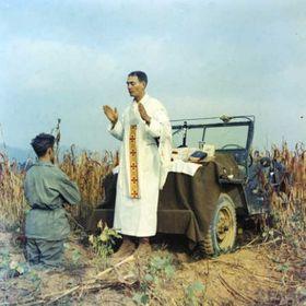 Emil Kapaun, Corée, 1950, photo: Col. Raymond Skeehan, public domain