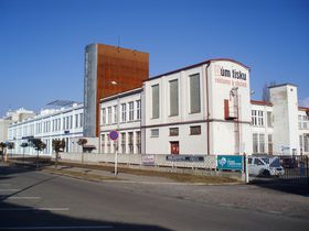 Former textile factory of the family Steinsky-Sehnoutka in Hradec Králové, photo: Boris-Jelinek, CC BY-SA 4.0