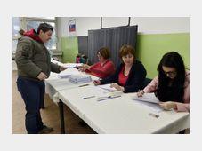 Polling place in Trnava, photo: ČTK
