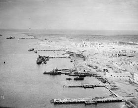 Tobruk (Photo: Public Domain)