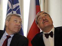 Jaap de Hoop Scheffer et Karel Schwarzenberg, photo: CTK