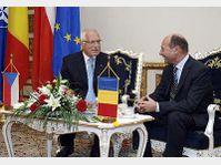 Vaclav Klaus et Traian Basescu, photo: CTK