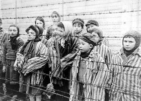 Auschwitz concentration camp, photo: Alexander Voronzow / U.S. Holocaust Memorial Museum / Belarussian State Archive of Documentary Film, pd