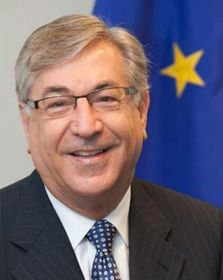 Karmenu Vella, photo: Commission européenne