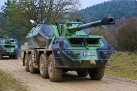 DANA artillery piece, photo: The Joint Multinational Training Command Public Affairs Office from Grafenwoehr, Germany, CC BY 2.0