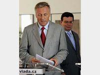 Mirek Topolánek et Alexandr Vondra, photo: CTK