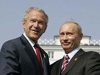 George W. Bush et Vladimir Poutine, photo: CTK