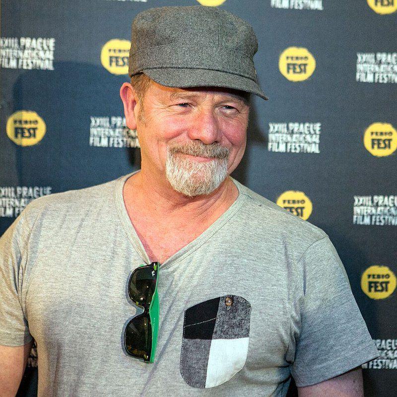 Good guys play good bad guys, says actor Peter Mullan ...