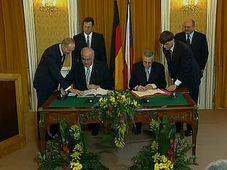 Helmut Kohl et Václav Klaus, photo: ČT