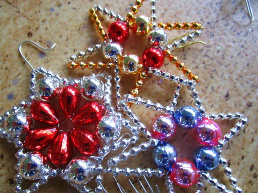 Los adornos navide os de ponikl aspiran a entrar en la for Articulos de decoracion para navidad