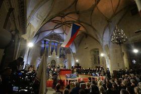 Feierliches Zeremoniell auf der Prager Burg (Foto: ČTK)
