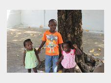 Sirotci, jejichž rodiče podlehli ebole. Foto: ČTK