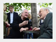 Bořek Šípek (a la izquierda) y Karel Schwarzenberg, foto: ČTK