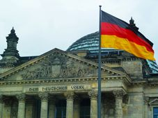 Bundestag (Foto: fotogoocom, CC BY 3.0)