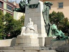 Le monument de František Palacký, photo: Elis J, CC BY-SA 3.0 Unported