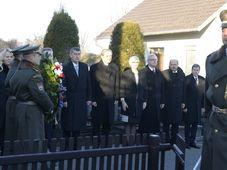 Los miembros del nuevo Gobierno en Lány, foto: ČTK