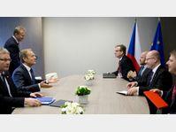Bohuslav Sobotka (à droite) s'est rencontré avec le président du Conseil européen, Donald Tusk (à gauche), photo: ČTK