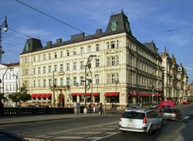 Café Slavia, photo: Petr Vilgus, CC BY-SA 3.0