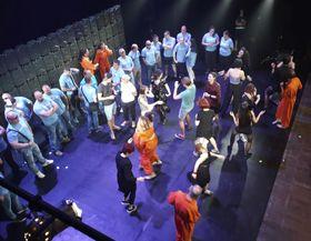 Slušní lidé sont montés directement sur la scène, photo: Igor Šefr / ČTK