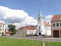 Václavské náměstí v Trmicích (Foto: www.mestotrmice.cz)