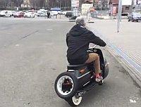 Čezeta 506 (Foto: YouTube Kanal von Čezeta Motors)