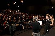 Открытие фестиваля в кинотеатре «Светозор» (Фото: Йозеф Рабара, www.jedensvet.cz)