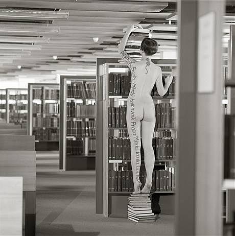 Conqueror - The Xena Library