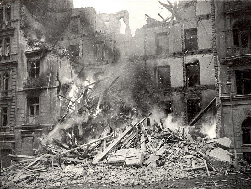 The bombardment of Prague in 1945, photo: Archive of DPP Praha
