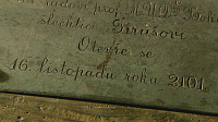 The inscription on one of the boxes, photo: Czech Television