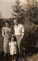Anna Kubíková, Eva Kubíková and František Kubík, photo: Archive of the Kubík family