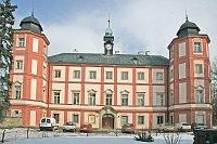 Zámek v Zámrsku, foto: Prazak, Wikimedia Commons, Licese CC BY-SA 3.0