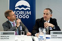 Miroslav Krupička, Carlos García-Pérez, photo: Forum 2000