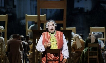 Luděk Vele en el papel de Filip, Jakobín, foto: archivo del Teatro Nacional de Praga