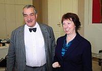 Karel Schwarzenberg y Catherine Ashton, foto: Robert Janás, archivo del Ministerio de RR.EE. de la República Checa