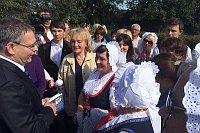 Министр Любомир Заоралек и волынские Чехи (Фото: Архив Министерства иностранных дел ЧР)