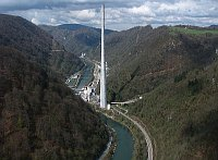 Highest chimney in Europe - Trbovlje, Slovenia, photo: romanm, CC BY-SA 2.5