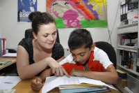 Doučování dětí v Muzeu romské kultury (Foto: Muzeum romské kultury)
