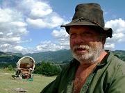 Starý muž s karavanem (Buzau)