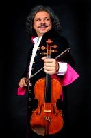 Roby Lakatos se svým ansámblem (Foto: Svatováclavský hudební festival)