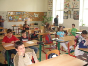 Ve škole (Foto: Amnesty International)