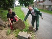 Sedmdesát obyvatel Dobré Vody upravovalo svou obec (Foto: Michaela Nováková)