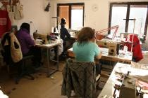Rekvalifikační kurzy probíhají v textilní dílně Českého západu v Dobré Vodě (Foto: Eva Haunerová)