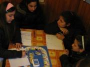 Děti si hrají v Komunitním centru Duhovka