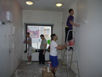 Práce na budování posilovny (Foto: IQ Roma servis)