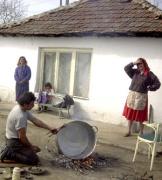 Romové v Bulharsku (Foto: http://www.chambersz.com/tehnitari)