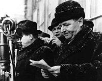 Klement Gottwald verkündet den Rücktritt aller nicht-kommunistischen Minister (Foto: Archiv des Tschechischen Rundfunks)
